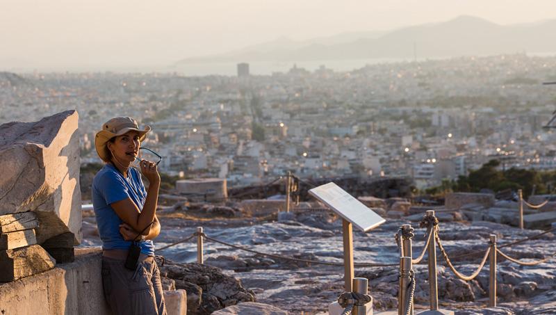 雅典卫城游客。摄影:孟菁